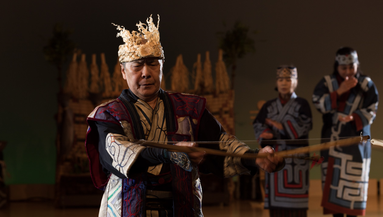 依唷满泰(iomante=熊之祭)火祭